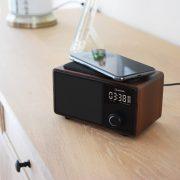 AvLink Fusion Bluetooth Φορητό Ηχείο με Ρολόι, FM και Βάση Ασύρματης Φόρτισης